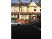 3 Bedroom house, 2 receptions, in Walthamstow E17