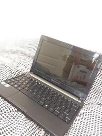 Packard Bell Netbook with Wires