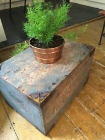 Vintage army trunk chest coffee table
