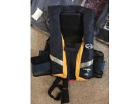 Life jackets adults automatic x 5