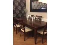 Beautiful wooden extendable dining table !!