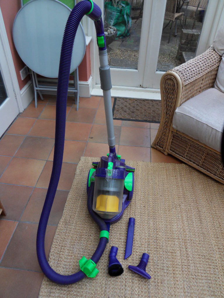 Dyson DC05 Vacuum Cleaner