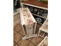 Beautiful Table and chairs very strong swap for running car/caravan or trailer tent