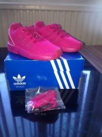 Girls brand new Addidas ZX FLUX Trainers(pink/size 6/1-3 yrs)