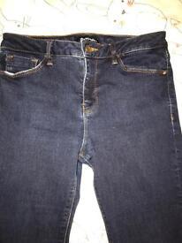 Warehouse female skinny jeans size 12