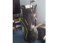 titliest golf bag, brand new plenty of pockets.