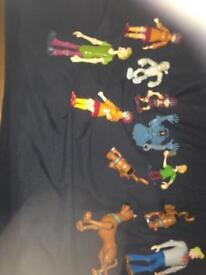 Figures toy story , Scooby doo and spongebob and batman and friends