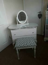 *SOLD* NEEDS TO GO ASAP kidney shape dressing table set