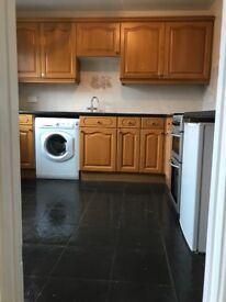 2 double bedroom flat for rent,recently decorated,ready to go