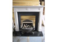 Traditional Christmas Fire Place! Gather The Family Around On These Cold Winter Nights! *Read Desc*