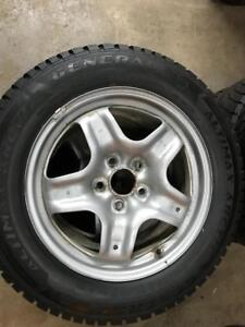 4 pneus dhiver 225/60/17 general montes sur roues 5x120