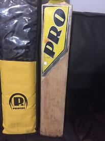 Protos Pro Grade 1 cricket Bat