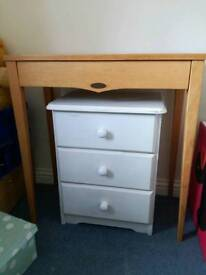 Side table (ignore picture of white drawers, listed separately!)