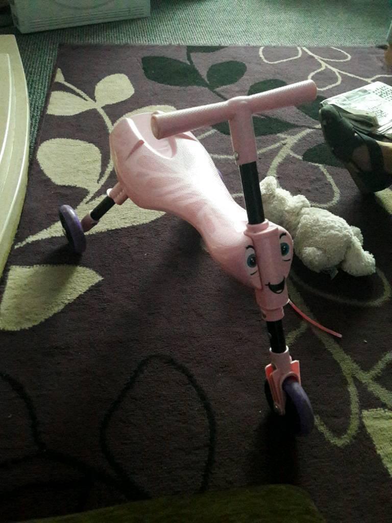 Girls pink scuttle bug bike