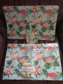 12 flamingo placemats and coasters
