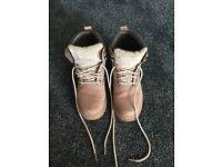 Woman's Caterpillar Boots size 5