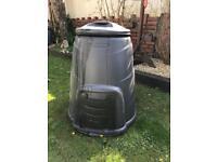 Large compost bin