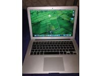 "MacBook Air 13"" early 2015, 1.6 GHz Intel Core i5"