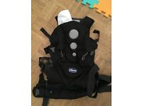 Never used Chicco Close to You Baby Carrier - Suitable from birth up to 15 kgs.