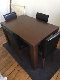 Medium Dining Table & 4 Chairs!!