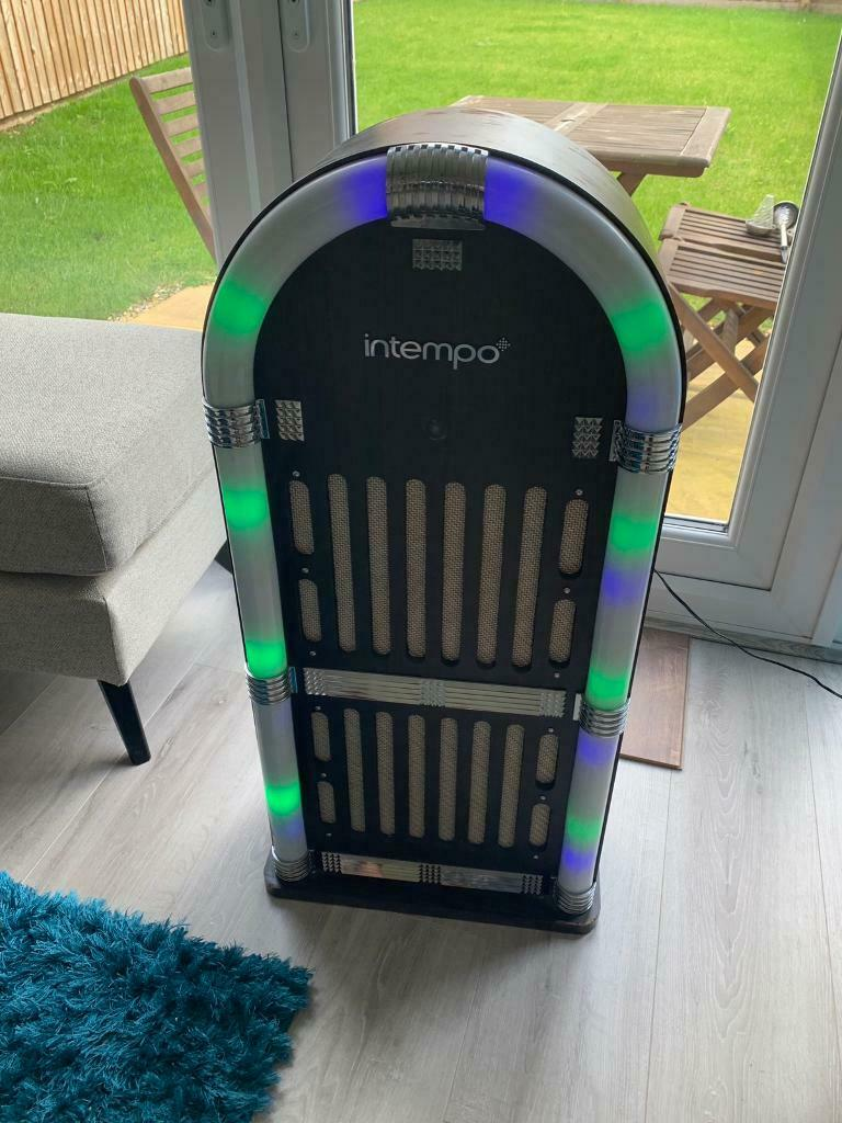 Jukebox | in Oldham, Manchester | Gumtree