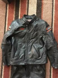 SPIDI Leathers two piece/attachable with speed hump