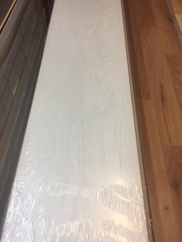 Everest X13 Packs Laminate Flooring White 7MM 2.20M2 Per Pack 28.6M2 Coverage