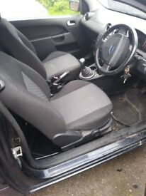 Ford fiesta 1.4 mk6 breaking for spares