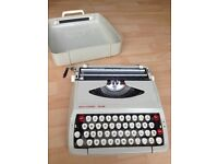 Smith-Corona De Luxe Portable Typewriter