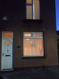 TO LET A 2 BEDROOM END OF TERRACED HOUSE.