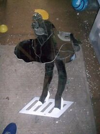 MIRROR- FAMOUS SHAPE OF MARILYN MONROE ON A GRATE- BY 'LE FEUNE' MIRROR DESIGN
