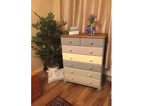 Lovely 7 drawer chest in beautiful condition