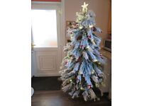 Luxury Xmas tree 7ft with LED LIGHT - Brand New