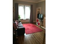 Spacious 2.5 bed main door flat in Leith Links
