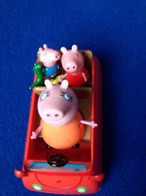 Peppa pig car with 3 figures