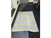 2 coloured lounge rug