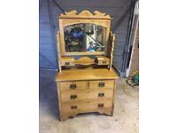 Vintage antique dressing table/chest of drawers.