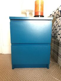 Blue chest of 2 drawers