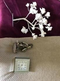 Bundle of bedroom accessories