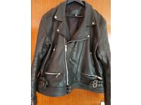 Mens leather retro bikers motorcycle jacket size 52 in excellent.