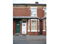 RUSHOLME (To Rent - Single Room in a Shared House )