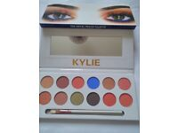 Paypal accepted kylie jenner the royal peach eyeshadow palette BNIB
