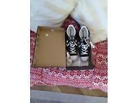 MENS UK SIZE 11 CONVERSE STAR PLAYER OX BLACK /MILK