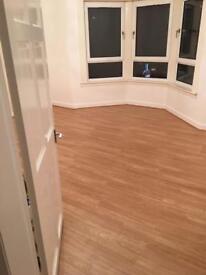 Unfurnished 2 bed flat in Scotstoun Earl street