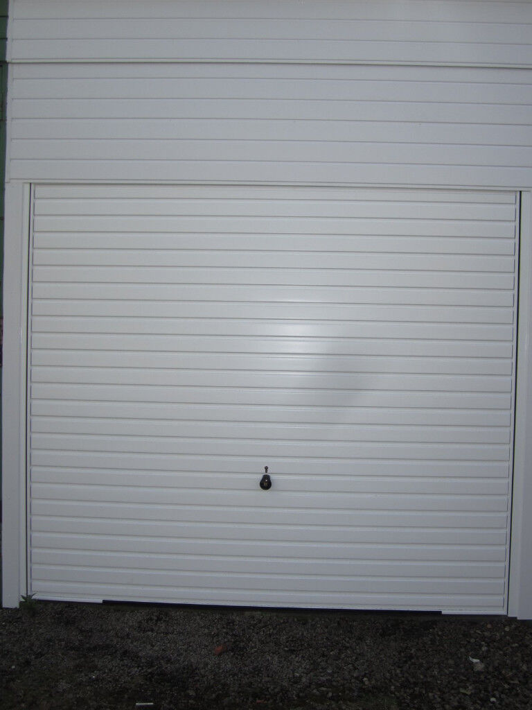 Garage / Lock Up for rent - Kirkcaldy (close to centre)