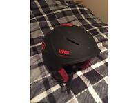 UVEX ski/snowboarding helmet size LARGE