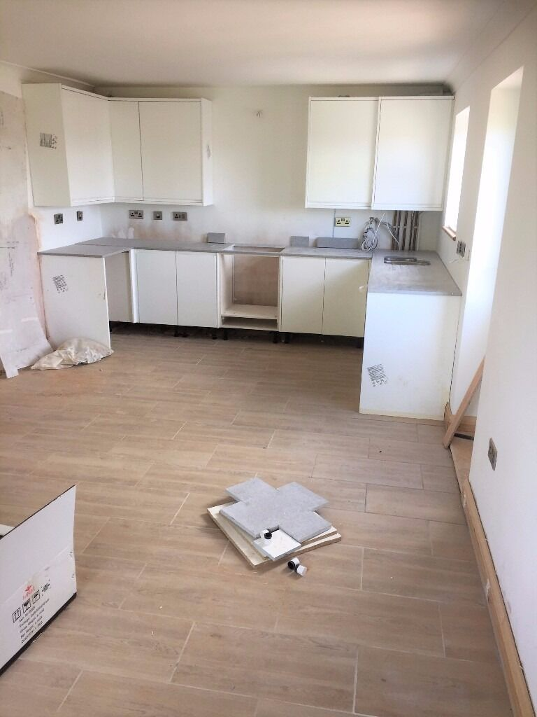 PROPERTY HUNTERS ARE PLEASED TO OFFER MODERN APARTMENTS TO RENT IN HORNCHURCH ! 1 BED AND 2 BEDS !
