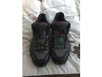 Salomon trainers size 7, in excellent condition.