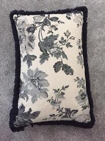 4 OFF Luxury Goose Feather Cushions