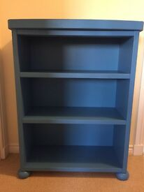 Bookcase / Sturdy shelf unit / blue